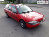 Ford Mondeo 1.6i                                            1994