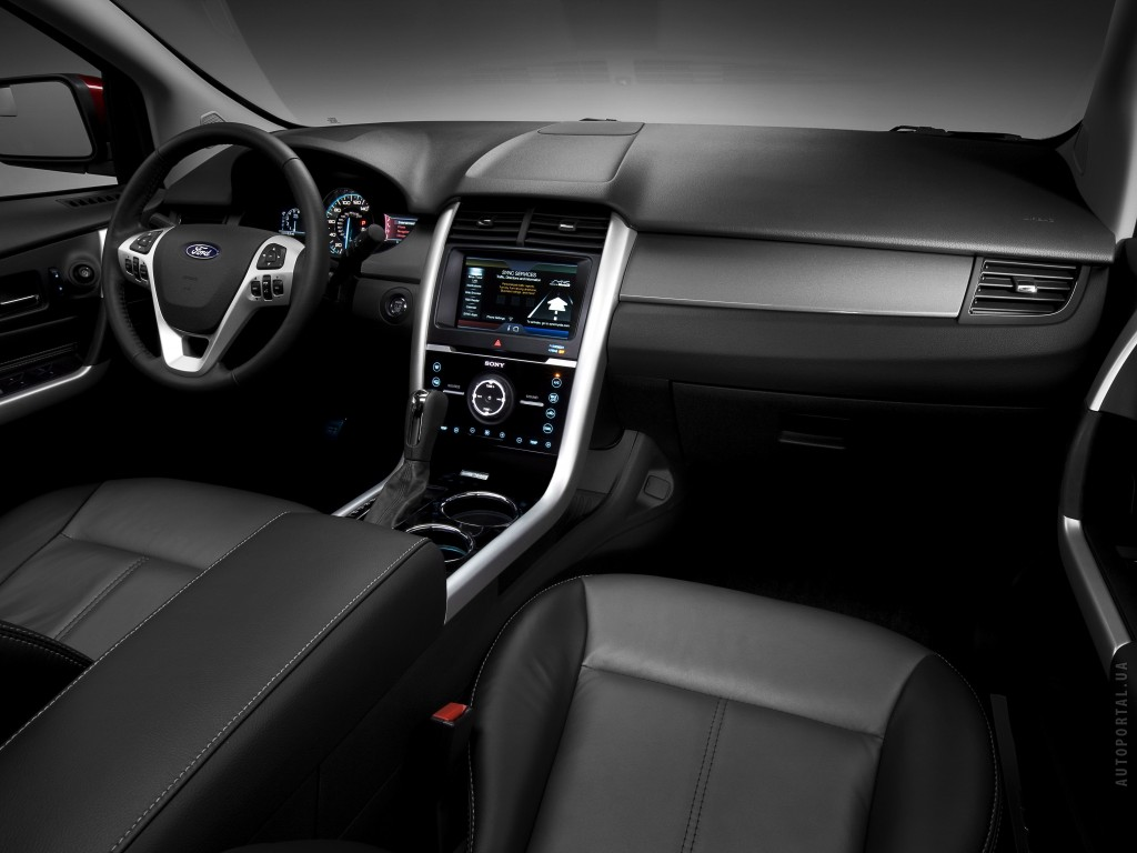 Фото салона Ford Edge Sport.…